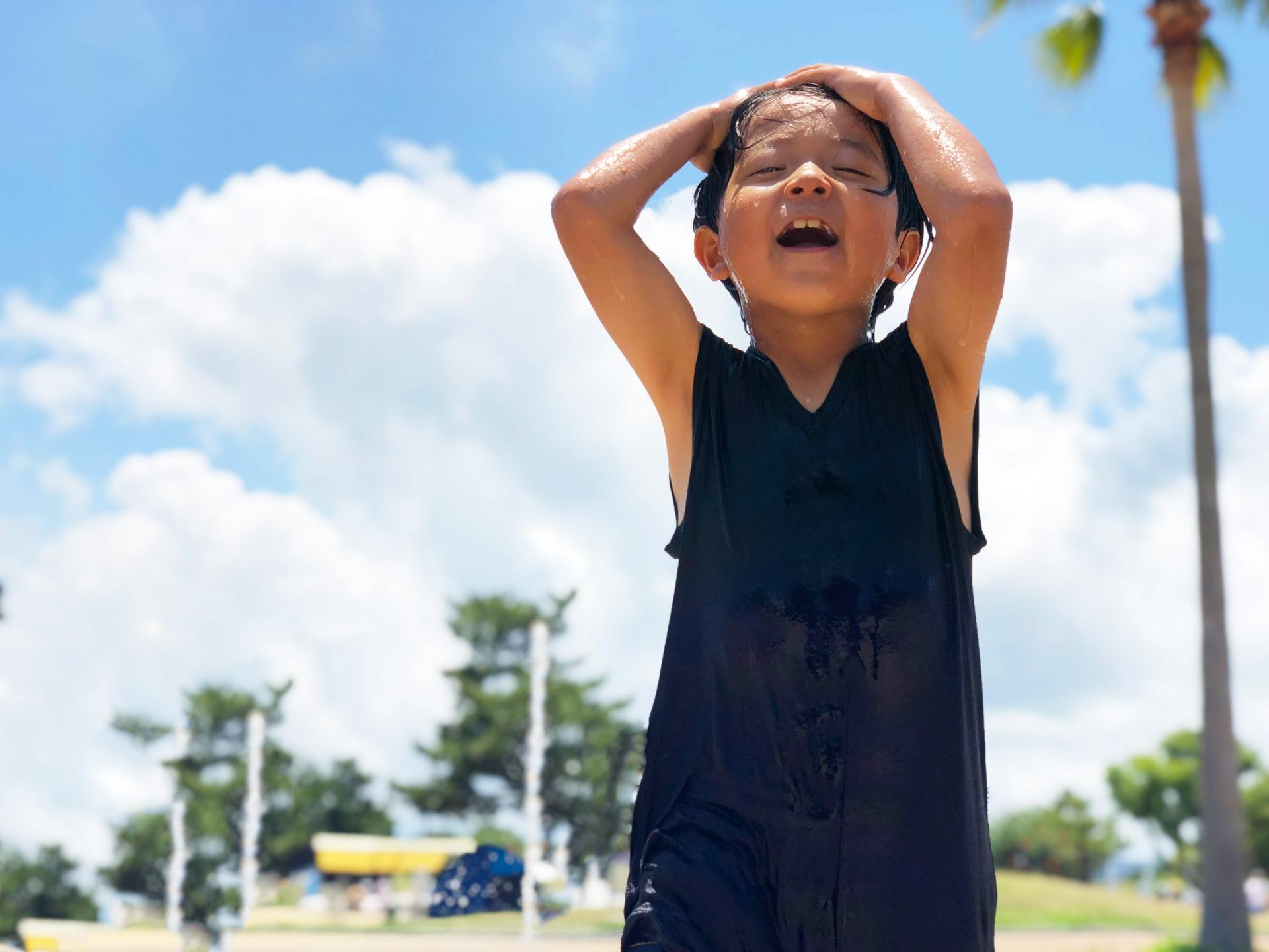 """サッカーママのスポーツメーカー訪問(後編) 「アンブロ」はサッカーバッグも""""ママ目線""""で機能性充実! いいバッグを使えば子どもの収納力が向上する!?"""